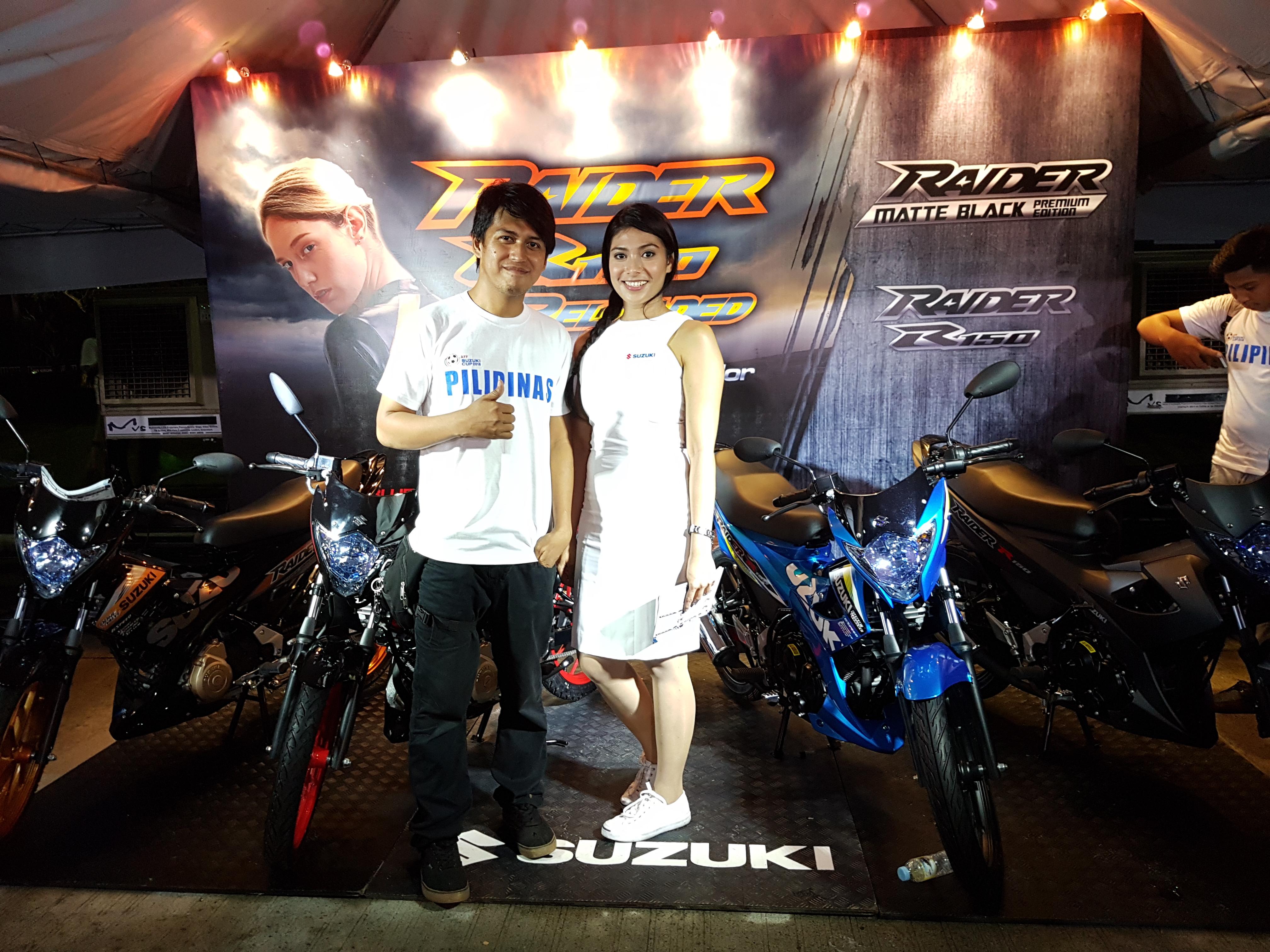 suzuki-motorcycle-display