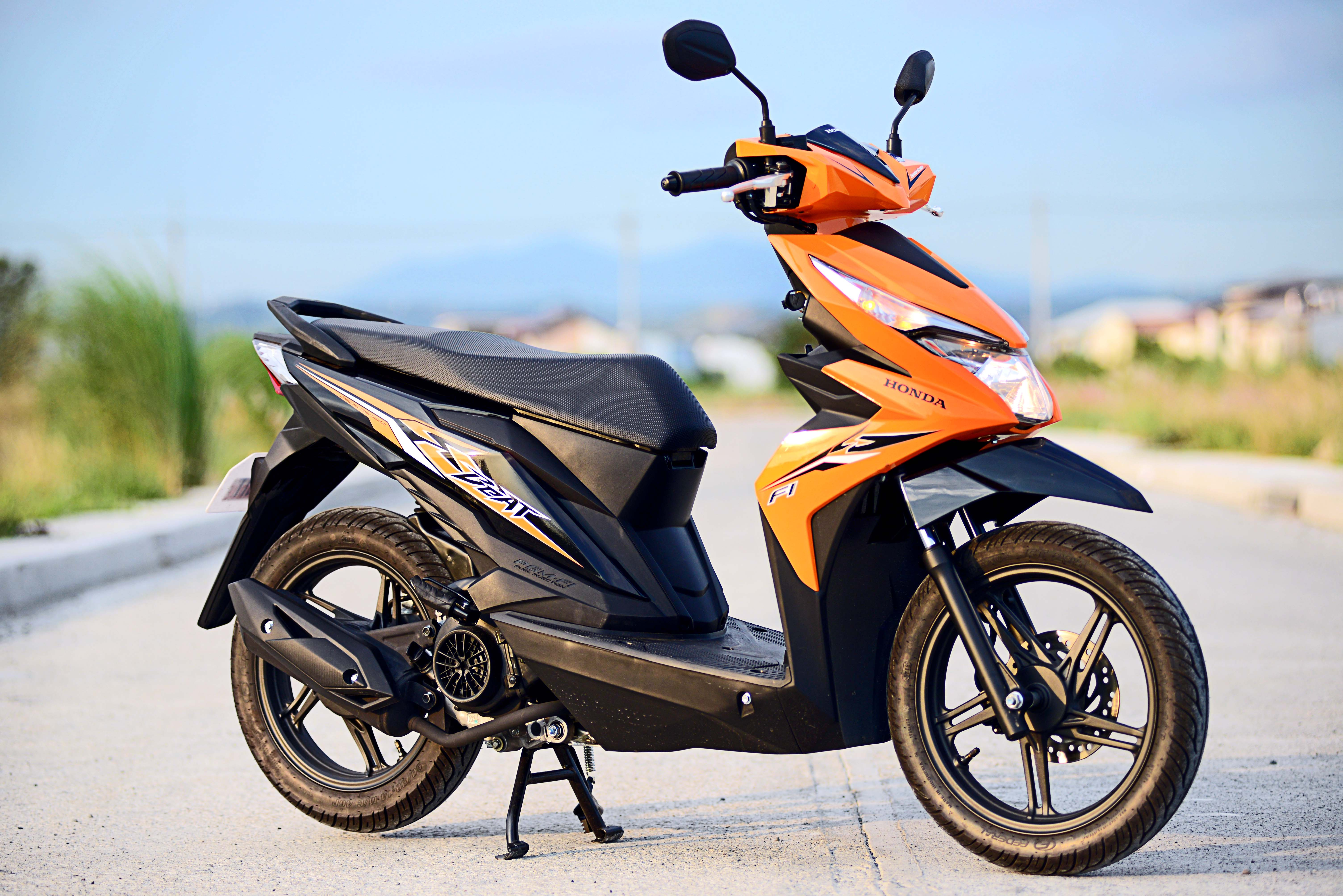 The All-NEW Honda BEAT: All Around City Scoot | Inside Racing